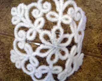 White Christmas Snowflake Headband - Frozen - winter bride - wedding headpiece- bridal wedding tiara - Photo Prop - Snow