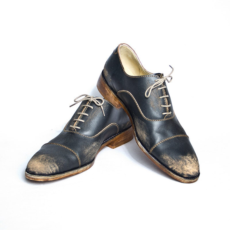 vintage inspired 1920s black beat up bespoke shoes for