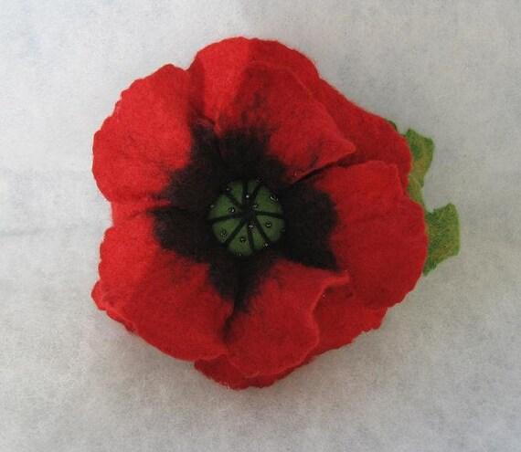 Flowers Brooch -  Felted Flower- Hand felted brooch - Wool brooch- Poppy