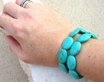 Chunky Turquoise Bracelet.Turquoise Howlite Double Strand Bracelet. Toggle Bracelet. Turquoise Jewelry