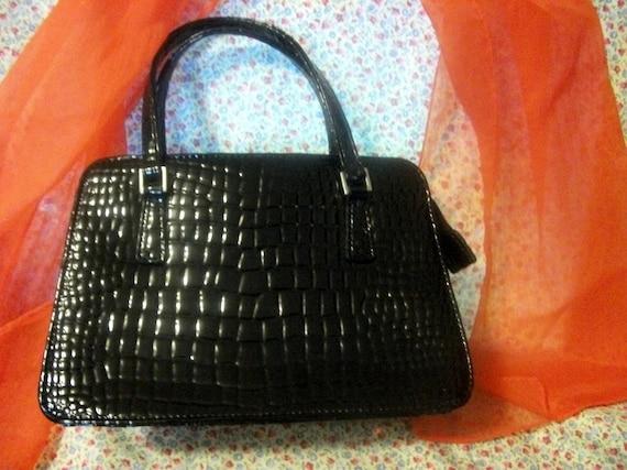 Vintage Black Vinyl Moc Croc Handbag Purse Good Condition Mad Men Only 5 USD