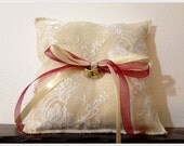 On sale- 30% off- Burlap white lace ring pillow with satin ribbons, wedding ring pillow, shabby chic pillow, rustic wedding