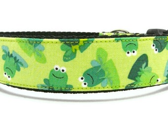 Cute Dog Collar with Frogs - Hop On Over To My Pad