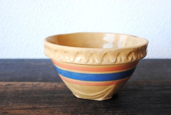 Early Mccoy Yellow Ware Mixing Bowl Small Unmarked Pink Blue