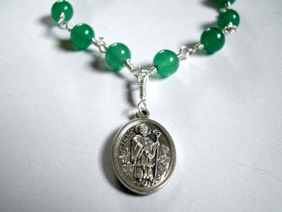 Chaplet -- St. Patrick/St. Bridget, patrons of Ireland -- 12 beads, green and silver