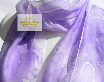 lavender silk scarf.handpainted lavender shawl.silk shawl.purple silk shawl.lavender silk scarf.lavender scarf.wedding scarf.purple silk.