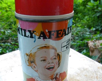 nice vintage clean 1969 FAMILY AFFAIR co THERMOS bottle no 2809