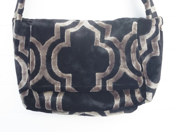 Insulated Lunch Bag Box Pail Black and Grey Velvet