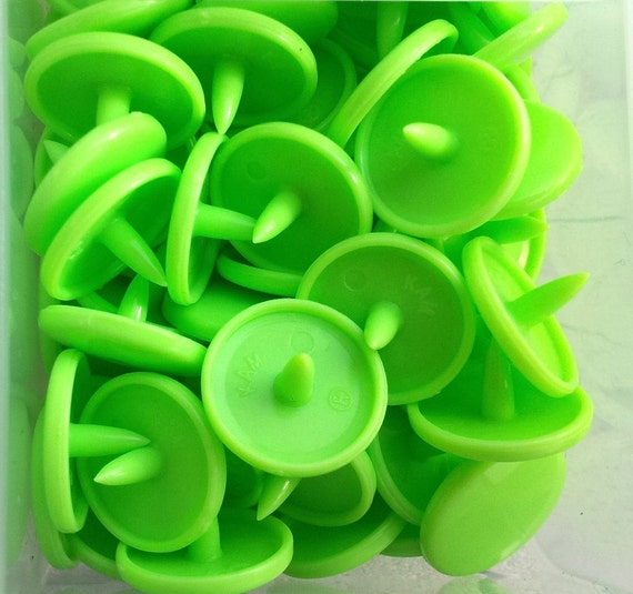 CLEARANCE Lime Green (B50) 20 Complete Sets Kam Snaps-Size 20