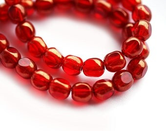Christmas Red beads, czech glass beads with luster, Triangle, round cut beads - 6mm - 30pc - 0488