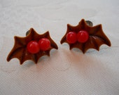 Earrings Screw Back Holly Berry Vintage Christmas Jewelry