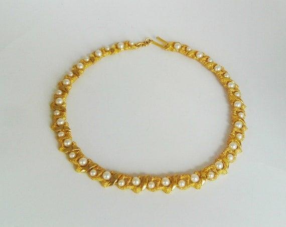 Vintage Trifari Necklace Choker Gold Faux Pearl Bridal Wedding Formal