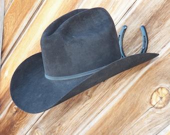 Cowboy Horseshoe Hat Rack black