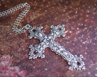 Silver Cross Necklace, Silver Cross Jewelry, GORGEOUS DETAILED PENDANT, Faith Hope Necklace Guardian Angel Christian Jewelry, 30 inch Chain