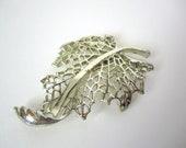 Vintage 1970s Silver Toned Brooch Pin // Avant Garde // Leaf // Fall // Autumn // Huge // large // leaf skeleton