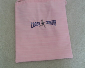 CROSS COUNTRY Woman Runner on Pink Denim - Lady's Shoe and More Bag