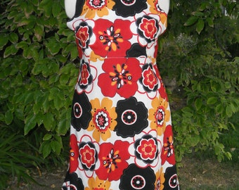 Tie Back Floral Cotton A-Line Dress in White with Gold, Red and Black, size XL