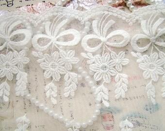 Cotton Fabric Lace Tirm- Off -White Vintage Retro Cotton Lace Bowtie Floral Lace Trim