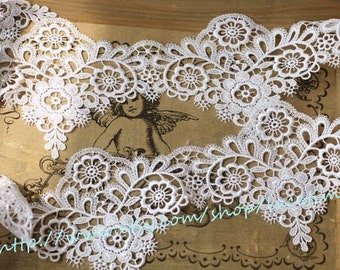 Venice Lace Trim in White Super Exquisite Teardrop Lace Wedding Bridal Lace Costume Design ON SALE