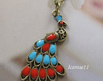 Vintage style peacock necklace