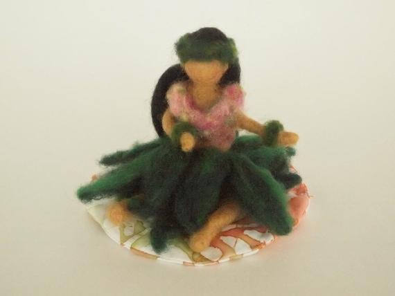 Hula Kahiko Hawaiian Girl needle sculpted wool doll