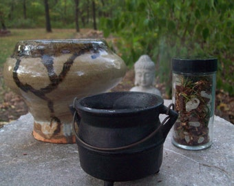 Invocations ceremonial loose herbal/resin incense
