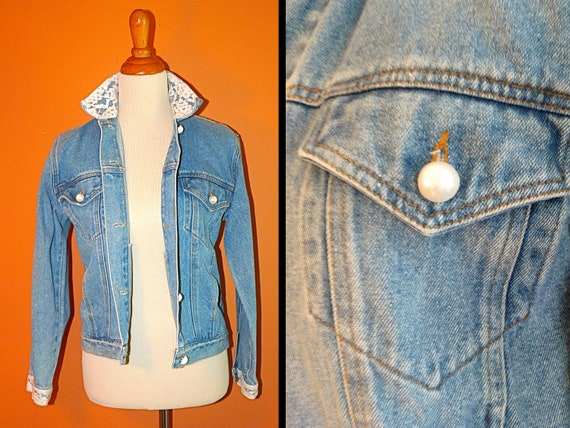 1990s Gitano Faded Denim Jacket with Lace Edged Collar and Sleeves Size Small