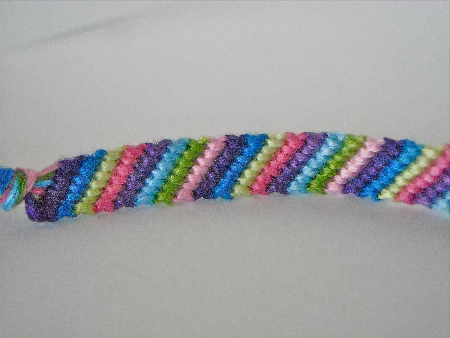 how to make really cool friendship bracelets