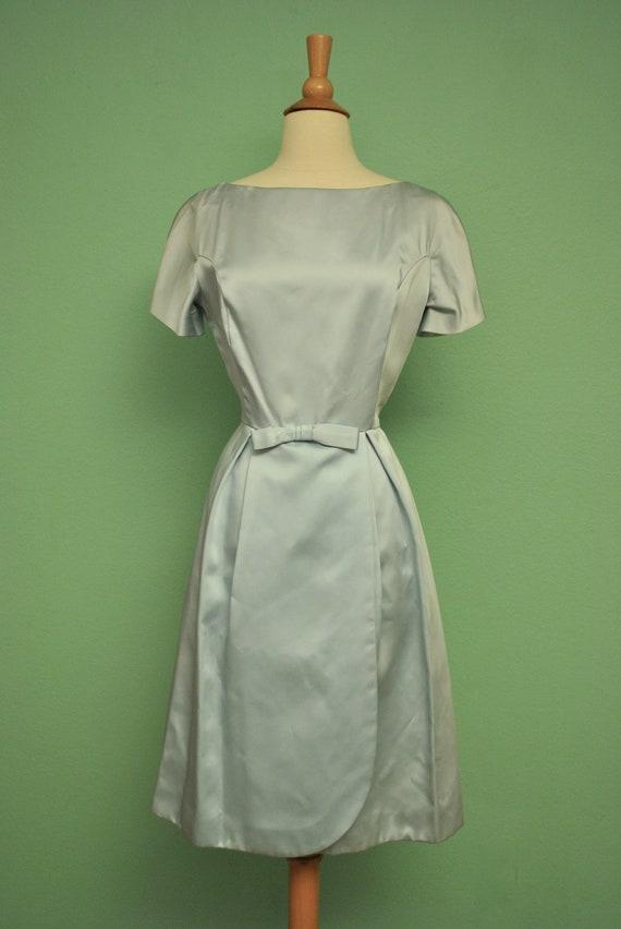 Light Blue Pinup Dress 1960s Vintage Shirt Waist Dress with Wrap Skirt and Bow Like a Modern Cinderella Pinup