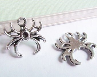 Spider Charms -30pcs Antique Silver Spider Charm Pendants 17x18mm AA402-2
