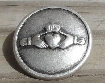 "10 Irish Claddagh Antiqued Silver Metal Buttons 7/8"" Shank"