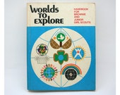 Vintage Girl Scout, Worlds to Explore book, craft book, 1970s, DIY, Brownie, Junior Girl Scout