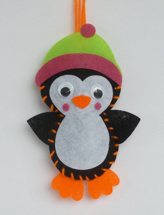 Instant Download Penguin Bean Bag Sewing Pattern. Kids Craft. Size
