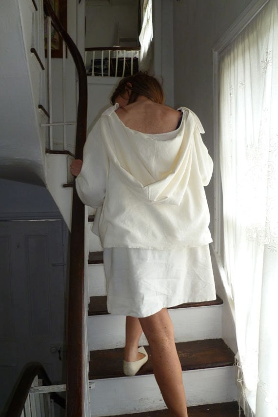 N53.17:) Hoodie.top.huge drapey hood. cream. short. very wide.scooped. double layered linen mix.HALL-HARRIS designed & handmade.