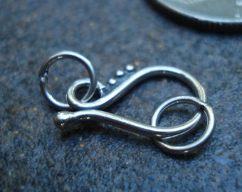 Bali Sterling Silver Hook and Eye Clasp, 17 x 9.5 x 1.5 mm, pkg of 1