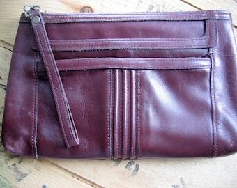 Vintage Purse / Oxblood Clutch purse / 70s Retro vintage leather oxblood burgundy wine clutch purse