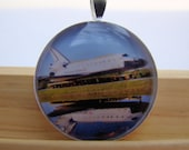 Photo Pedant, Resin Pendant, Space Shuttle, White, Black, Blue, Brown, NASA, 1 inch, Round