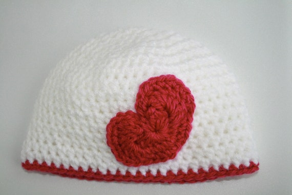 Valentine's Day Heart crafts - 13 crafts projects to knit, crochet and sew for Valentine's Day (or for the love of hearts!)