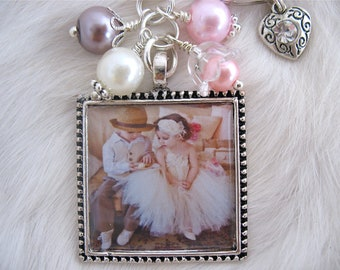 PHOTO PENDANT keychain or necklace Mother Gift personalized Picture Pendant Jewelry Wedding Photo Keepsake Grandma Nana Godmother