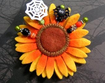 4 Halloween Stick pins with Felt Daisy, Scrapbooking, Card making, Stick pin, Black Flower, Treat Bag, Crystals