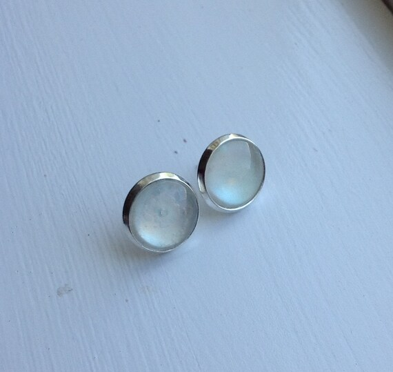 DISCOUNT: Mother of Pearl- 12mm painted silver toned post earrings