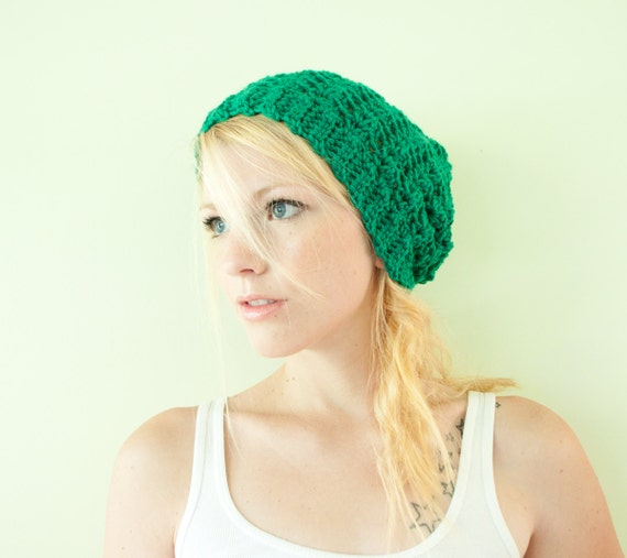 Slouchy hat beanie crocheted - kelly green - acrylic