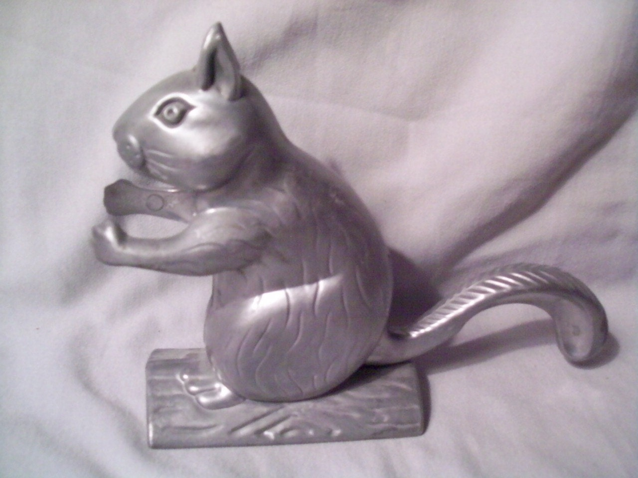 Vintage metal squirrel nutcracker made in taiwan by judymiller1 Nutcracker squirrel