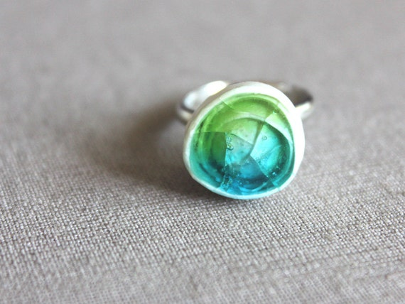 Ceramic ring filled with glass in turquoise blue and green color - handmade ceramic