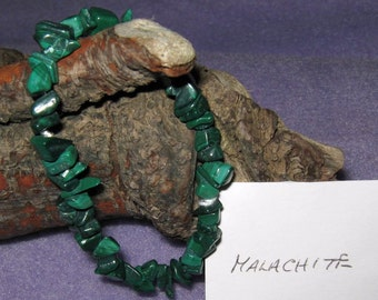 Malachite - Gemstone Bracelet made with 100% natural gemstones - one size fits all