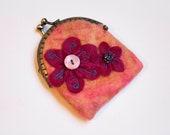 Antique brass kiss lock coin purse - handmade felt - felted flower