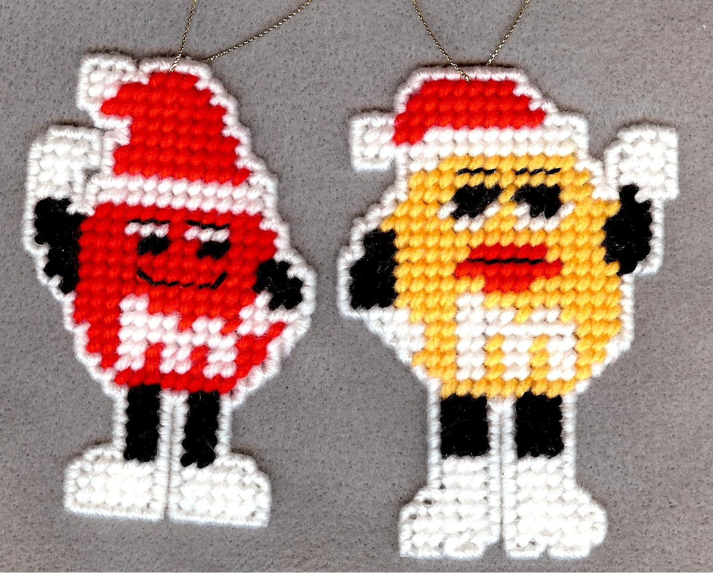 m m characters christmas ornaments plastic canvas set of 4. Black Bedroom Furniture Sets. Home Design Ideas
