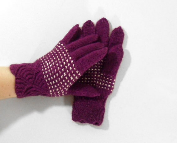 Hand Knitted Gloves - Purple, Size Medium
