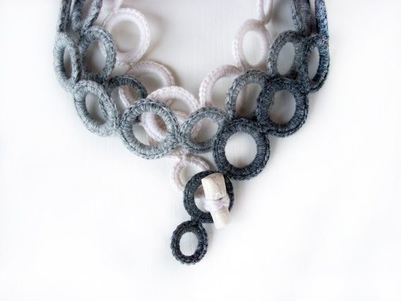 Ombrè crochet necklace - Fashion fabric necklace - Fiber necklace  - modern crochet - necklace cashmere