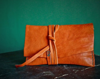 BRADY VINTAGE calf leather tobacco pouch - hand made in Italy - high quality leather - vegetable tanned in Italy
